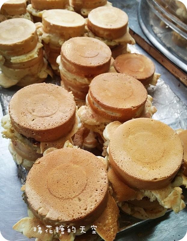 1456834115 1556345911 - 《台中甜點》噓~不要太高調~爆漿紅豆餅一個只要八元,還有少見綠豆餅~離草悟道只要走路十分鐘