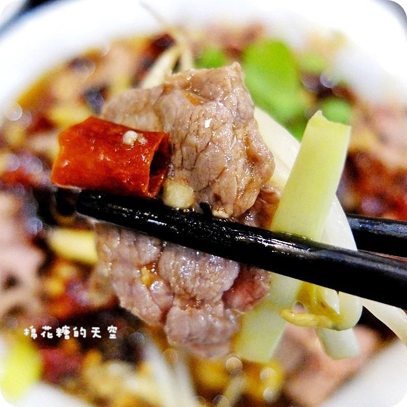 01快炒水煮牛3.JPG