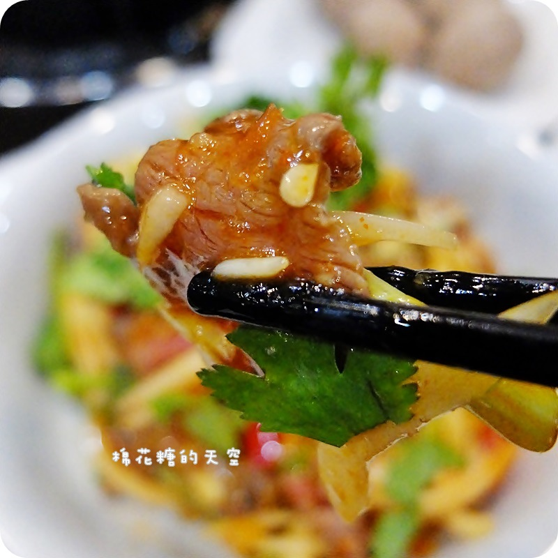 01快炒泰式牛肉2.JPG
