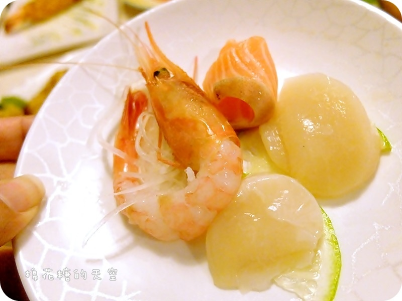 01生魚片5.JPG