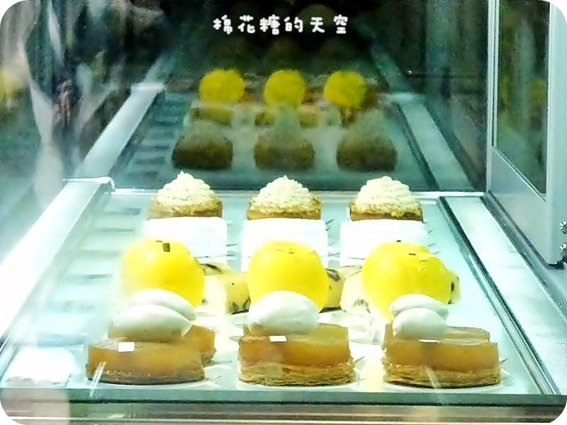 01CJSJ蛋糕櫃.JPG