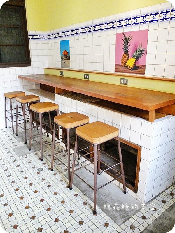 1462815069 3396095502 - 《台中吃冰》濃濃復古風情~三時冰菓店,手工果醬、杏仁豆腐、還有一整碗的新鮮水果,就在大坑圓環旁唷!