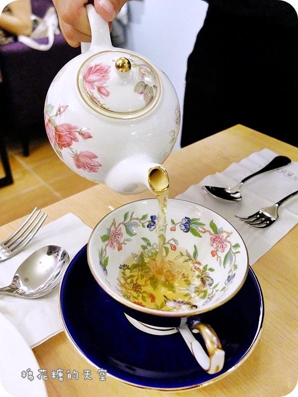 玫瑰園茶1.JPG