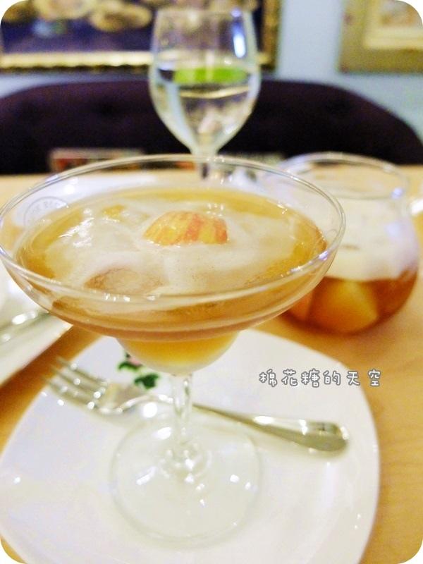 玫瑰園茶2.JPG