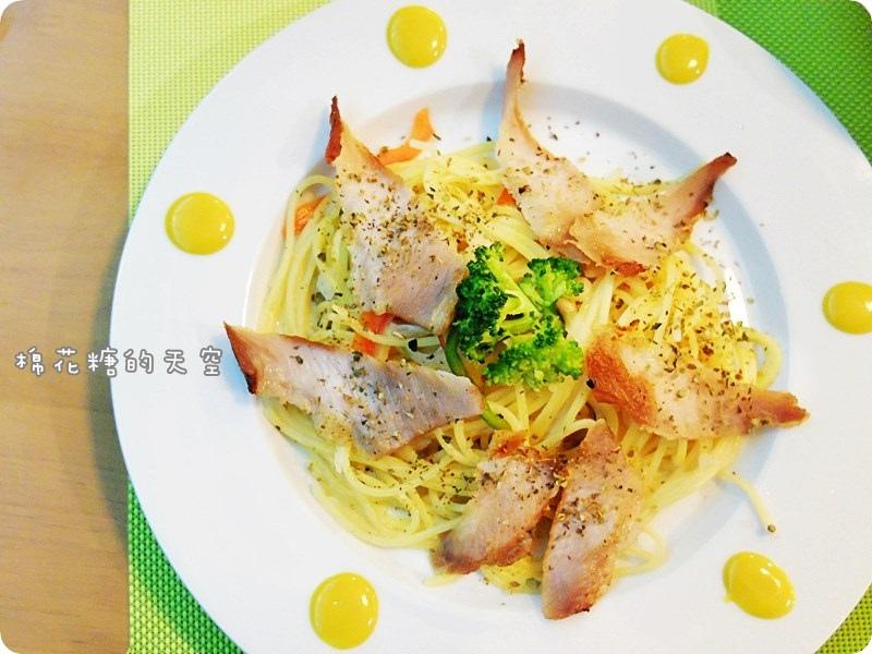 00餐松阪豬麵2.JPG