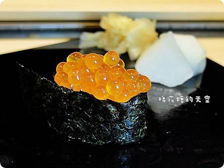 00握壽司鮭魚卵.JPG