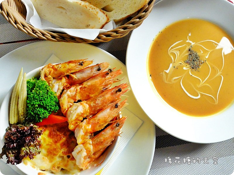 00餐番茄蝦2.JPG