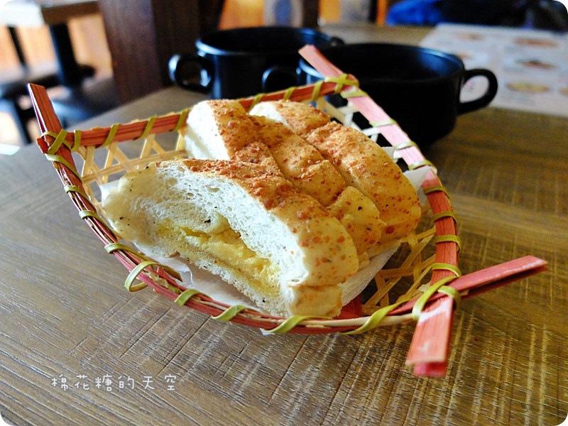 00附餐麵包.JPG