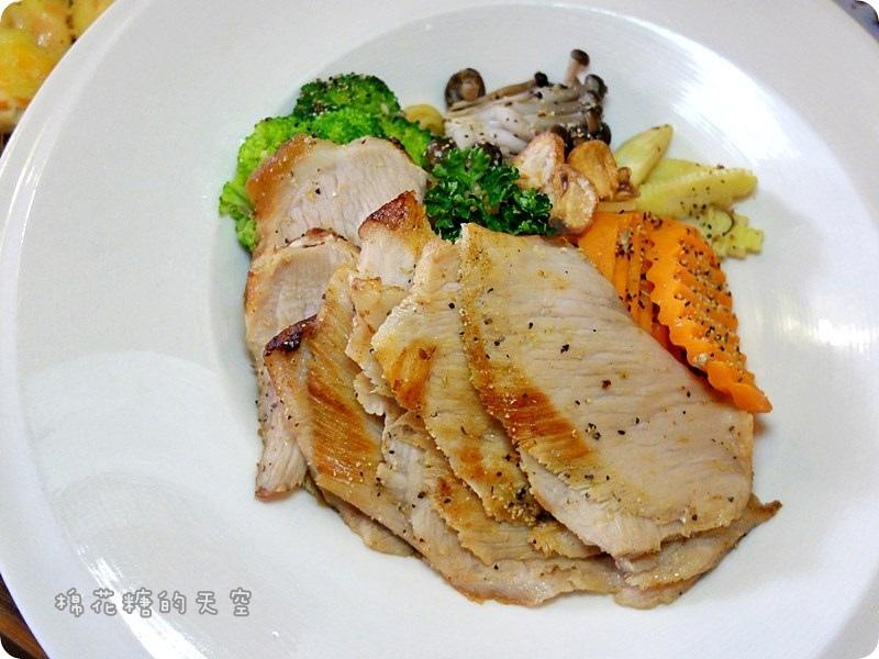 00餐點松阪豬2.JPG