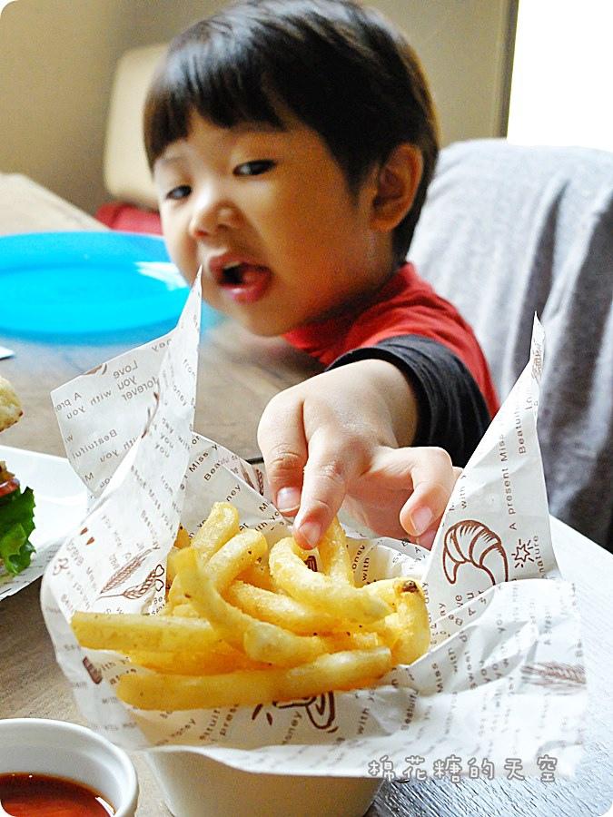 0餐小漢堡1.JPG