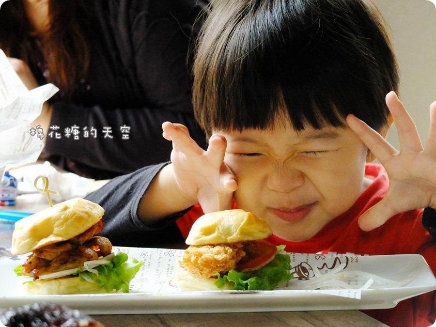 0餐小漢堡6.JPG