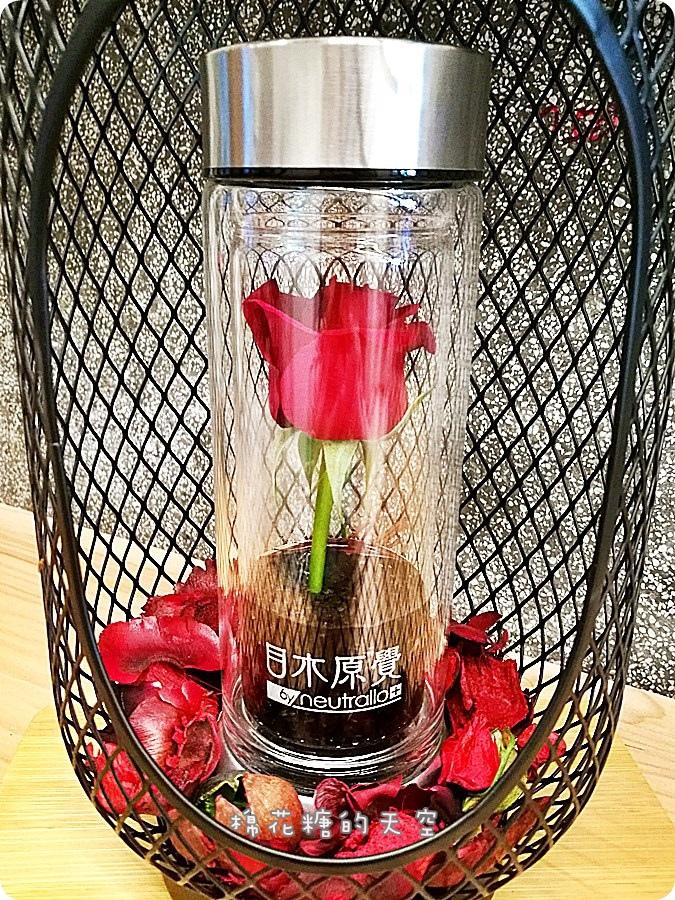 0瓶子玫瑰3.jpg