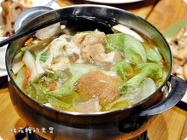 牛奶鍋猴頭菇.JPG
