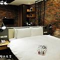 房間二3.JPG