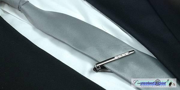 典雅白色捷克鑽鎢金窄款領帶夾