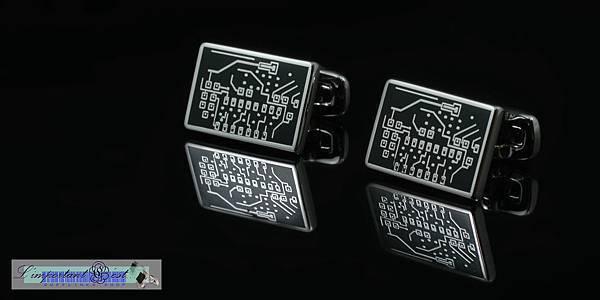 科技時代 電路板造型琺瑯袖扣