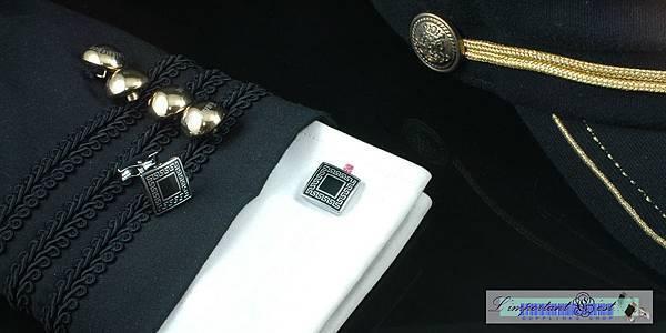 新版 古典花紋方格袖扣