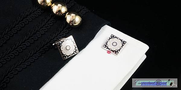 百花亮麗黑白琺瑯袖扣