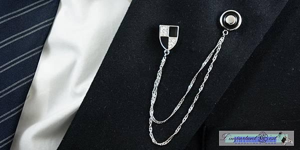 騎士盾風格領針