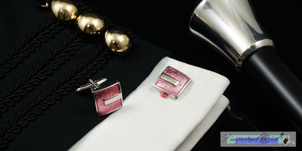粉色烤漆袖扣