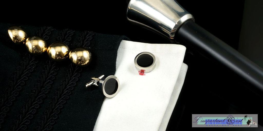 重裝黑圓型袖扣
