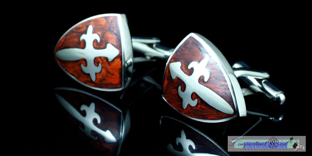 十字徽紋紅木騎士盾型袖扣