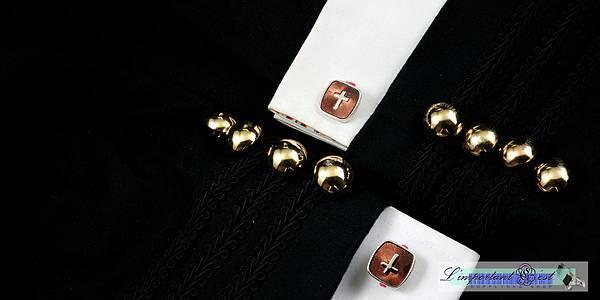 褐底十字袖扣
