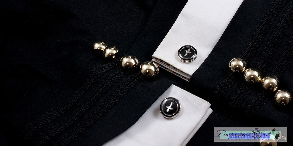 黑底十字架袖扣