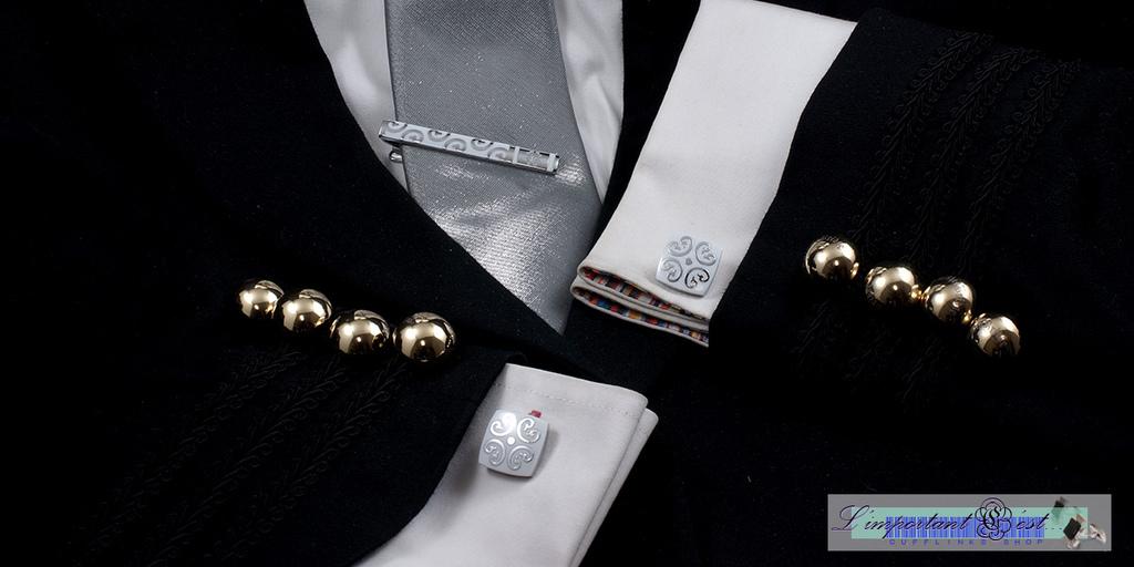 古文明日紋白色袖扣領帶夾套組