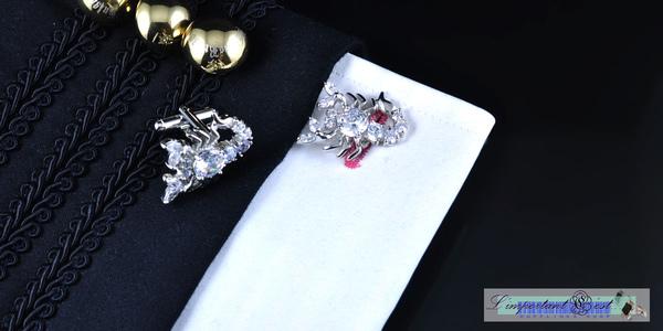 銀色蠍子造型水鑽鑲嵌袖扣