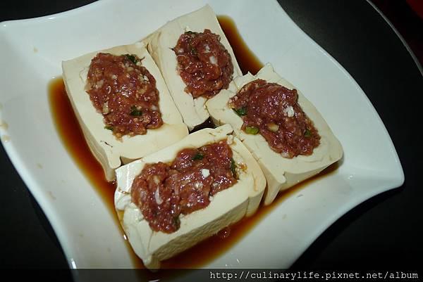 豆腐鑲肉1
