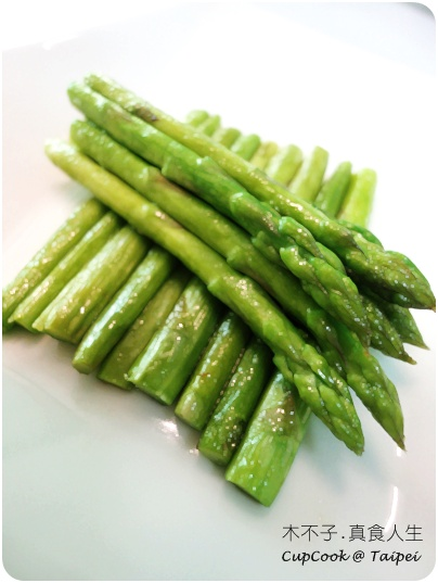 橄欖油煎蘆筍.JPG