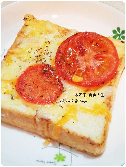 番茄起司烤吐司 雙色起司