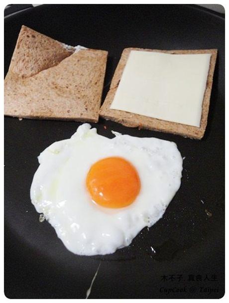 煎蛋起司三明治 egg sandwich (2)