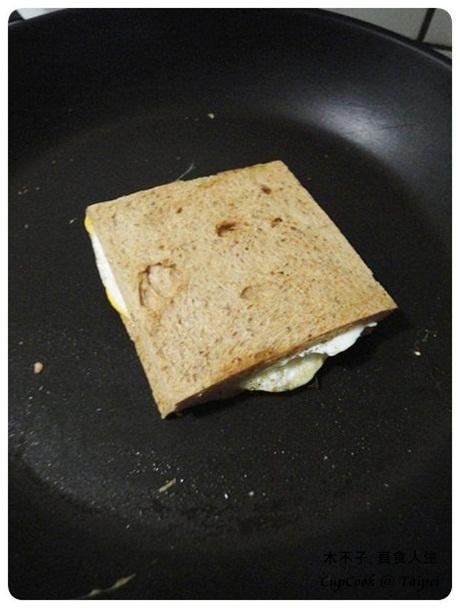 煎蛋起司三明治 egg sandwich (5)
