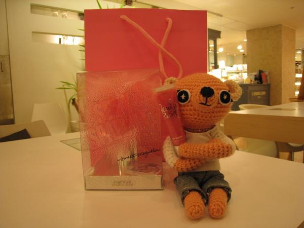 Gigo送我的小禮物,色系跟卡薩娜是一國的