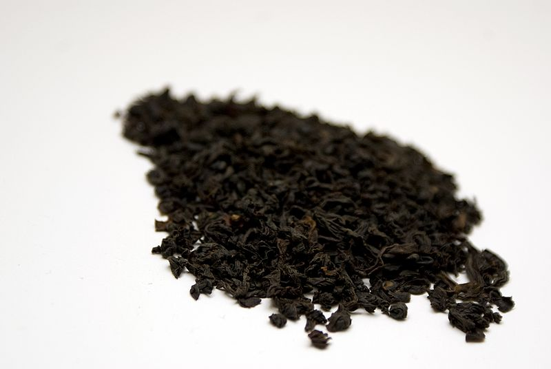 Ceylon_black_tea_leaves_OP