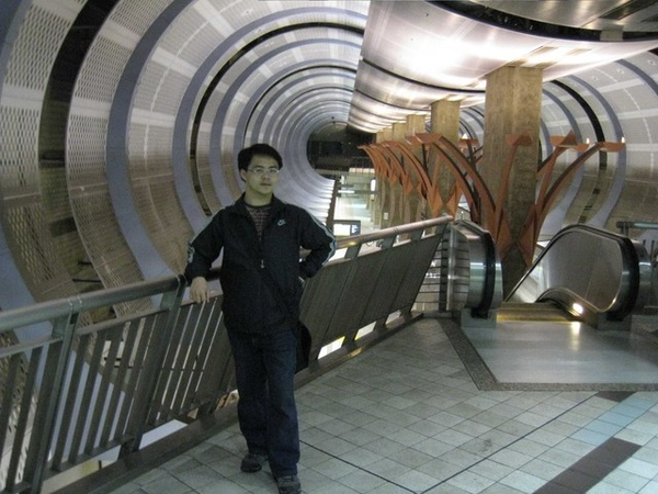 高地廣場的時光隧道