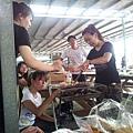 2012/09/23CURVES盃漆彈店家對抗賽,打完漆彈 烤肉囉^^