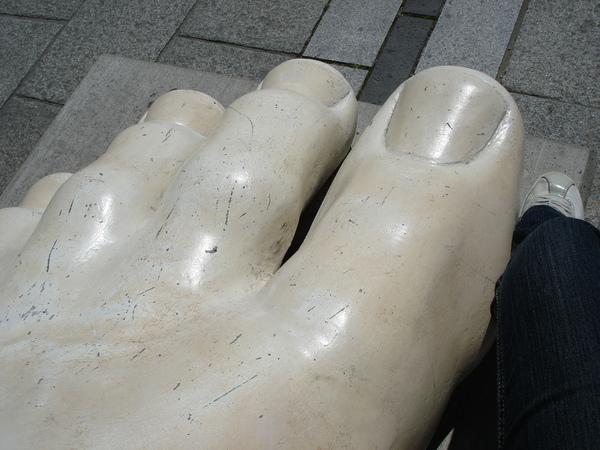 大腳V.S我的腳