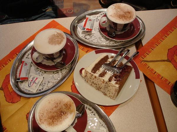 下午茶喝咖啡