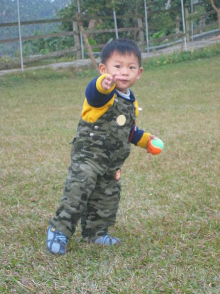 在草原奔跑的yuyu
