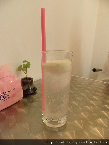 優格霜淇淋蘇打汽水