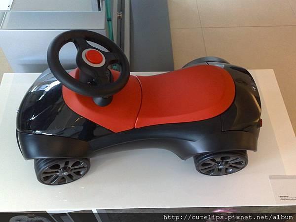 BMW 兒童學步跑車