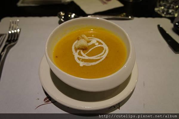 洋蔥南瓜湯