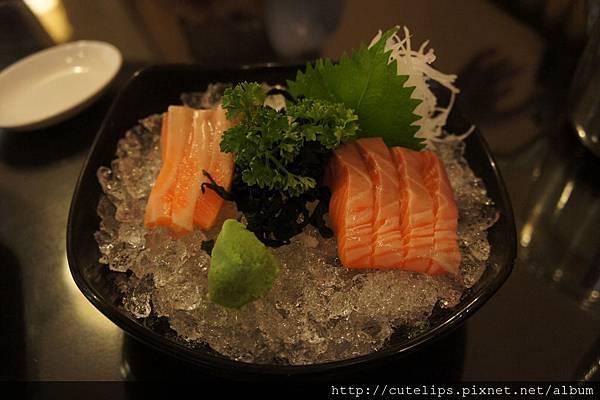 鮭魚生魚片2011/9/25