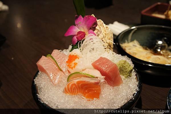 580元定食-生魚片