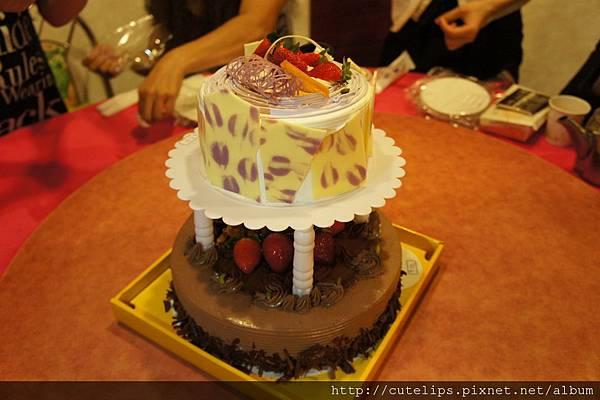 葡吉雙層生日蛋糕