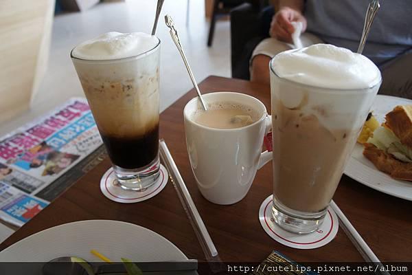 拿鐵咖啡&冰、熱奶茶