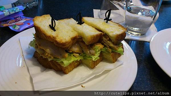 雞肉培根丹麥三明治2011/11/26